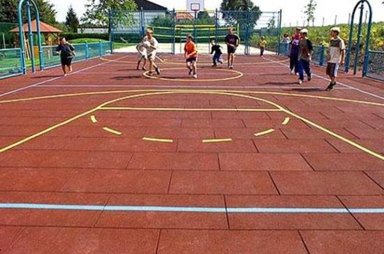 Резиновая плитка спортивная площадка