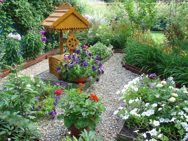 Гравийный сад колодец