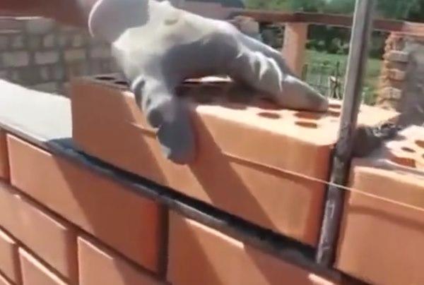 Как правильно класть кирпич