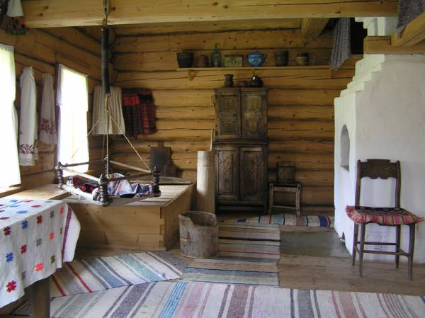 дома в русском стиле-убранство