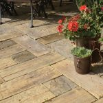 <b>Какую выбрать тротуарную плитку для частного дома</b>